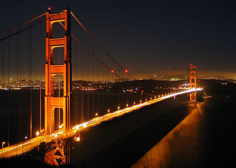 800px Ggb by night The Ghosts of San Francisco